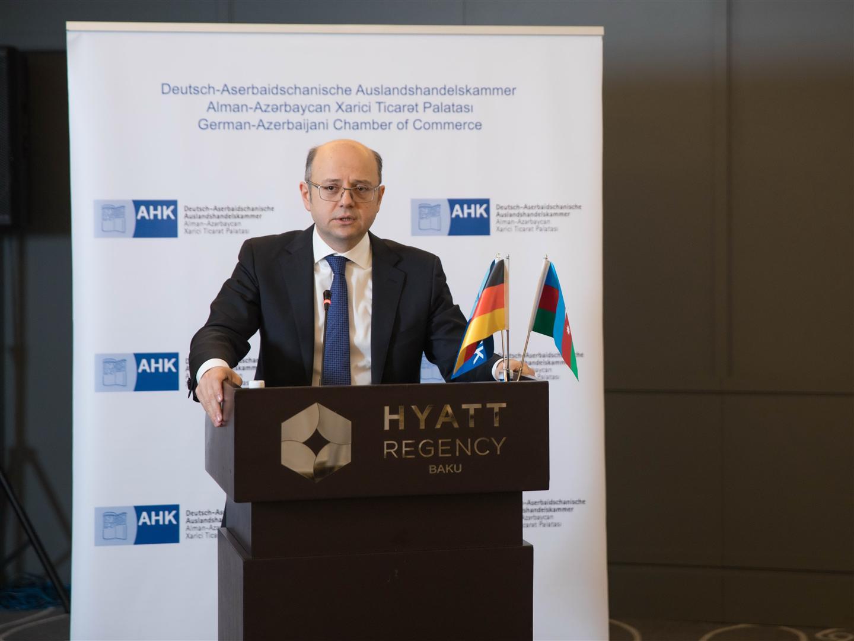 Energetika naziri Alman-Azərbaycan Xarici Ticarət Palatası (AHK Azərbaycan) keçirdiyi tədbirində iştirak edib