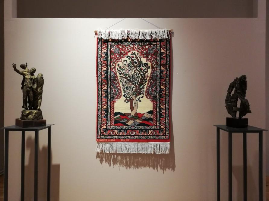 """""""Q Gallery Berlin"""" qalereyasında Xocalı soyqırımının 27-ci ildönümünə həsr olunmuş sərgi açılıb"""